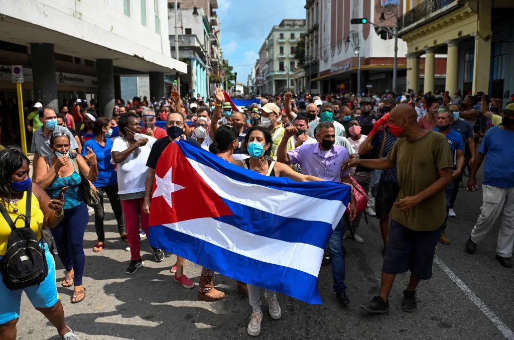 People protesting the Cuban government and President Miguel Diaz-Canel in Havana on July 11, 2021